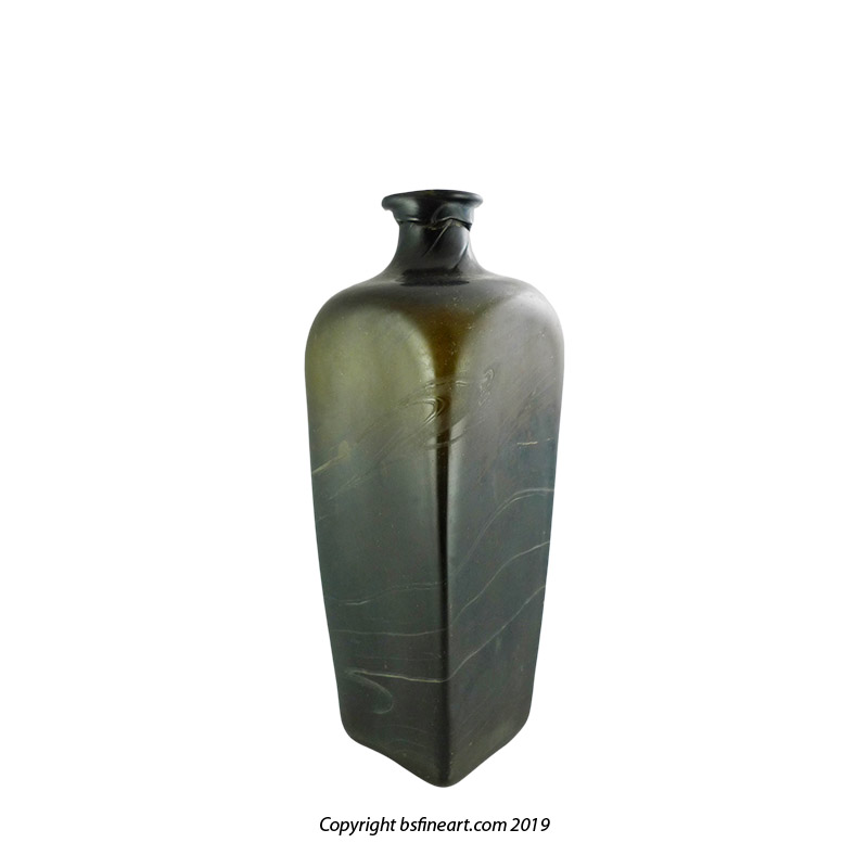 Early, mould blown case gin