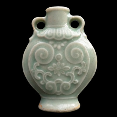 Ming perfume or snuff bottle