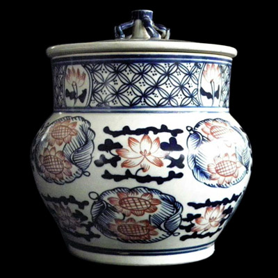 Ming blue white and red glazed jar