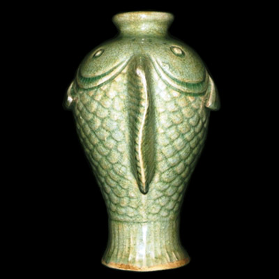 Song celadon vase in the form of a fish
