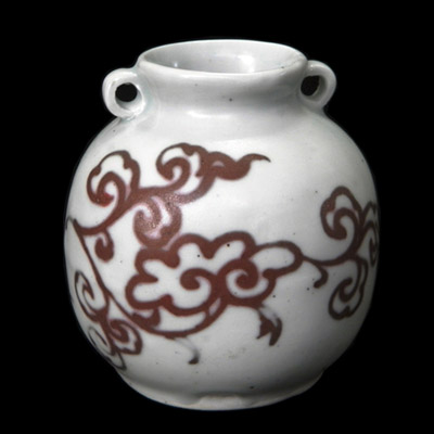 Yuan white jarlet with red decoration