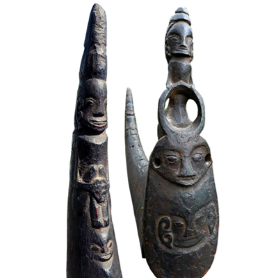 Carved buffalo horn and stopper used to carry medicine, magic substance or pupuk (a Naga Morsarang or Sahan)