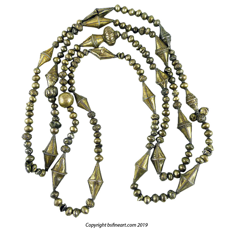 Finely made Batak Karo silver necklace